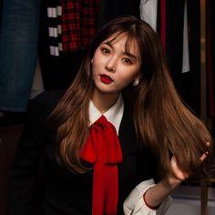 Korean Fashion On The Streets Of Paris Hyuna Triple H, Uee After School, Seungyeon Kara, Hyuna Kim, Rapper, Soo Jin, Brown Eyed Girls, E Dawn, Ulzzang Girl