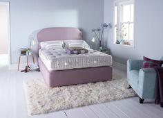 Luxe Britse beddenmaker Vi-Spring voegt de Devonshire matras, met de beste 100% zuivere wol, toe aan collectie.
