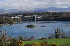 Thomas Telford's beautiful Menai Bridge joins the Welsh mainland to the island of Anglesey. Menai Bridge, Angkesey, Wales.Travel and People Magazine.