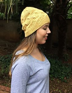 launching promotion: KNITTING ALL YEAR ROUND Choose one hat from * ALL YEAR ROUND * for FREE UNTIL NEXT SATURDAY (March 12th)