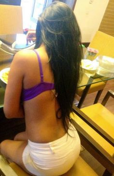 Most Sexiest and Hot Pics of Poonam Pandey ~ Bollywood Glitz 24 - Hot Bollywood Actress