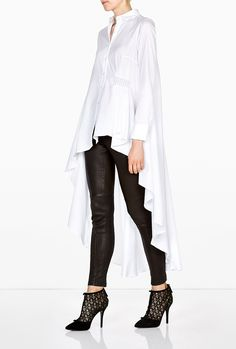 Cotton Poplin Long Back Asymmetric Shirt by palmer//harding - pretty shirts and blouses, long sleeve blouses for women, navy blue blouse with white polka dots *ad Mode Monochrome, Classic White Shirt, Looks Black, White Shirts, Corsage, Hijab Fashion, Shirt Blouses, Shirt Style, Ready To Wear