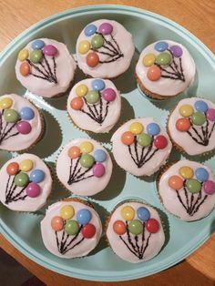 birthday cupcakes for women ; birthday cupcakes ideas for women ; birthday cupcakes for kids ; birthday cupcakes ideas for boys Baby Shower Cupcakes For Girls, Baby Cupcake, Baby Shower Desserts, Girl Cupcakes, Baby Shower Themes, Cupcake Cakes, Shower Ideas, Shower Baby, Balloon Cupcakes