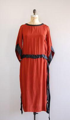 vintage 1920s silk dress