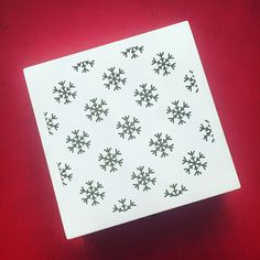 Hello Christmas ! Snowflake boxes ! How perfect are these to gift your loved ones this Christmas ! Email us to get yours today ! #Christmas #snowflakes #boxes #wood #gifts #personalised #love #prettythings #december #design #lasercut by expressingideas