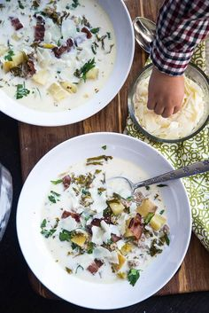 Instant Pot Zuppa Toscana - with Paleo, Whole30, and Keto variations! | pressure cooker recipes | paleo recipes | gluten-free recipes | soup recipes | instant pot recipes | perrysplate.com