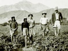 "The farmers of #Gamkaskloof farmed with grain, vegetables, fruits, tea and tobacco along with distilling witblits and brewing beer made from wild honey. The residents had petitioned the government for many years to build a road into the valley, eventually in 1962 a road was completed. The valley is also known as ""The Hell"", when Piet Botha and animal inspector visited the valley in 1940 and have to enter by the difficult route known as the ""ladder"". He described the experience as ""hell""."