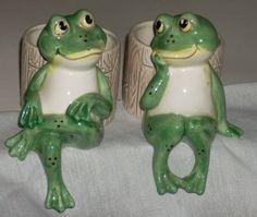 SALE Vintage Omnibus Fitz and Floyd Frog Shelf by diantiques, $35.00