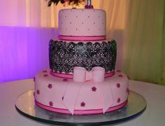 Wedding Cake, pink & black