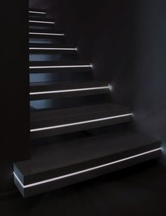 'corian' cantilevered staircase by officine sandrini