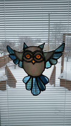 Never say you are done with owls...just not happening #StainedGlassOwl