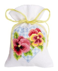 Potpourri bag: Violets and Heart