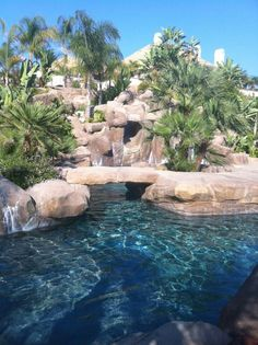 Why go on vkay. If you had a pool like this.. WOW