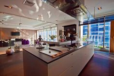 Extraordinary Property of the Day: a 7,600 sq ft penthouse in #Dubai Marina http://www.luxhabitat.ae/ref/746