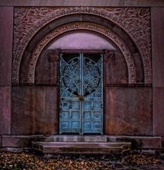 """""""Gateway to the other side"""" Graceland Cemetery  Chicago, Illinois"""