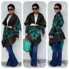 blanket coat looks fun as a cardigan, too pattern at… Fashion Sewing, Diy Fashion, Womens Fashion, Fashion Idol, Love Her Style, Style Me, Blanket Jacket, Jacket Pattern, Diy Clothing