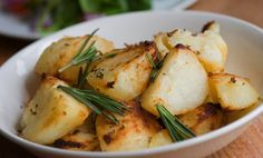 Slow Cooker Homestyle Potatoes with Garlic and Rosemary