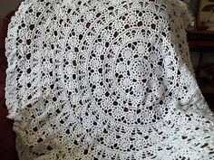 Ravelry: White Table Cloth pattern by Les Editions de Saxe