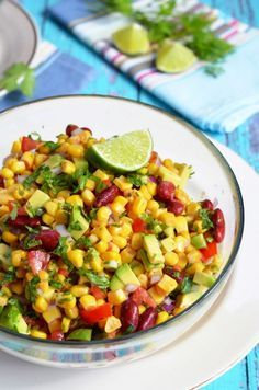 Avokádós kukoricasaláta recept Eat Pray Love, Meal Prep, Salsa, Food And Drink, Sweets, Healthy Recipes, Vegan, Cooking, Ethnic Recipes