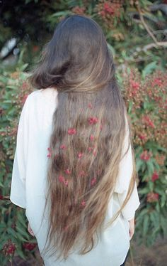 Wish my hair was this long.