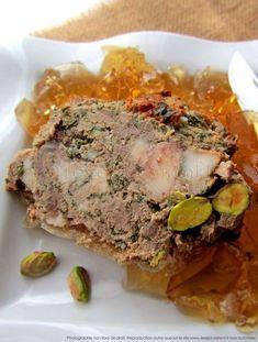 Terrine de chasseur au sanglier et pistaches Charcuterie, Meatloaf, Entrees, Pork, Food And Drink, Breakfast, Foie Gras, Recipes, Miami