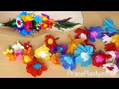 Palma Wielkanocna z bibuły DIY New Years Traditions, Polish Folk Art, Diy For Kids, Paper Flowers, Origami, Paper Crafts, The Incredibles, Easter, Seasons