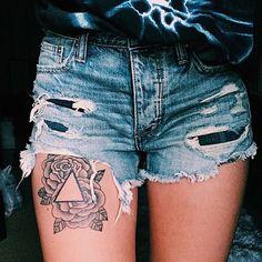tattoo on the lovely @kashbdash 💕