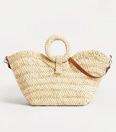 Modne torebki z sieciówek [wiosna-lato - Modne torebki z sieciówek [wiosna-lato - AKTUALIZACJA Birkin, Best Beach Bag, Mango Bags, Neue Outfits, Bags 2018, Basket Bag, Summer Bags, Trends, Knitted Bags