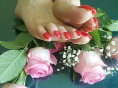 #Feet #Fetish #Dubai #Domina Dinah dinahvondubai@gmail.com