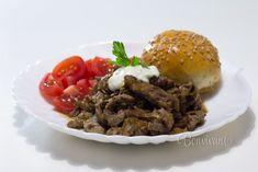 Diabolská pochúťka Pulled Pork, A Table, Food And Drink, Beef, Treats, Snacks, Dinner, Ethnic Recipes, Shredded Pork