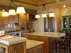 traditional medium wood golden kitchen cabinets from kitchen design ideasorg for the home pinterest pictures of medium kitchen and wood cabinets - Kitchen Design Ideas With Oak Cabinets