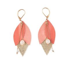 Boucle d'oreille en cuir tulipe corail Diy Jewelry To Sell, Jewelry Making, Jewelry Ideas, Leather Earrings, Leather Jewelry, Diy Leather Projects, Diy Projects, Quartz Rose, Community Art
