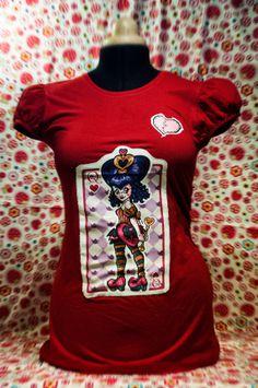 Queen of Hearts Tshirt by CorazonesRecosidos on Etsy, €26.00