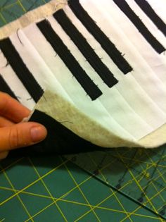 I had a few friends ask me about how to make this Piano Mug Rug so I figured it would be a perfect way to try my hand at creating a tutorial...