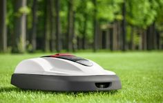Honda's new robotic lawnmower!! Shut the front door!