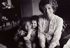 Minnie Riperton with kids Marc and Maya Rudolph Music Icon, Soul Music, Sound Of Music, Music Is Life, Minnie Riperton, Beyonce Beyhive, Maya Rudolph, Vintage Soul, Black Families