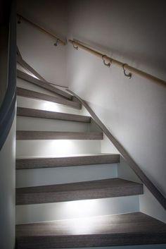 treppenhausgestaltung eingangsbereich mit flur und. Black Bedroom Furniture Sets. Home Design Ideas
