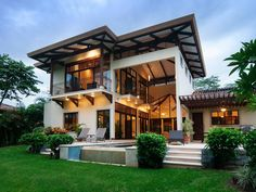 4 Bedroom Vacation Home in Costa Rica! Modern Tropical House, Tropical Houses, 2 Storey House Design, Modern House Design, Modern Filipino House, 4 Bedroom House Designs, Bungalow Designs, Zen House, Relax House