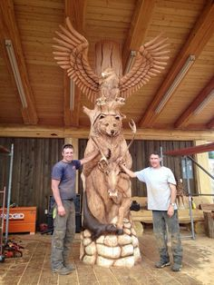 Ideas Wood Sculpture Totem Chainsaw Carvings For 2019 Chainsaw Wood Carving, Wood Carving Art, Wood Art, Carver Kings, Wood Sculpture, Sculptures, Chain Saw Art, Tree Carving, Wood Creations
