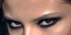 """𝐂. on Twitter: """"eye makeup inspo… """" Grunge Eye Makeup, Edgy Makeup, Skin Makeup, Makeup Inspo, Makeup Art, Makeup Inspiration, Makeup Tips, Beauty Makeup, Punk Makeup"""