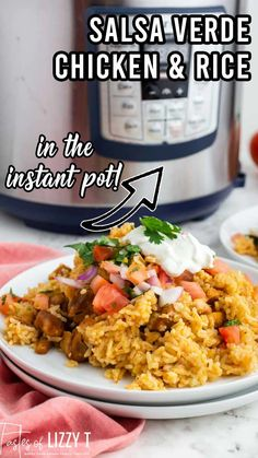 Need an easy dinner? Try this Instant Pot Salsa Verde Chicken and Rice. It's one pot, simple flavors and a quick weeknight dinner your family will love. Mexican Dishes, Mexican Food Recipes, Ethnic Recipes, Quick Casseroles, Mexican Appetizers, Quick Weeknight Dinners, Corn Salads, Salsa Verde, Chicken Rice