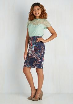 Brilliant Blogger Skirt. Judging from the people gathered for your book signing tonight, youve achieved success both inside the blogosphere and out! #blue #modcloth