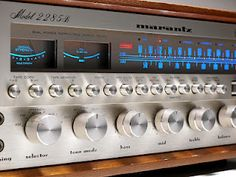Vintage Marantz stereo receiver - Click on photo for more stereo pics.