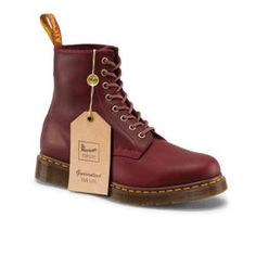 Dr Martens 1460 Forlife Boot OXBLOOD SMOOTH HARDLIFE - Omg these are awesome and they last until the end of my natural life so if in 60 years you see a super cool granny with docs it'll probably be me hehe ; Dr. Martens, Dr Martens 1460, Botas Dr Martens, Dr Martens Men, Doc Martens Boots, Dm Boots, Shoe Boots, Dr Martens Store, Shoes Stand