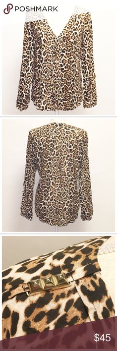SALE PRICE! Zara Leopard Print Top-L Love this top! Soft rayon makes a great top, with a V-neck and cute gold details at the shoulders. Wear with jeans or leggings or a skirt! Zara Tops Blouses