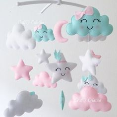 Si j'avais une fille je choisirais sans doute ce Mobile #mobilemusical#felt#feltro#mint#passionmint#nuage#cloud#grossesse#enceinte#nurse#babyshower#baby#babylook#look#love#nurserydecor#deco#chambrebebe#creation#pink#rose#love#cute