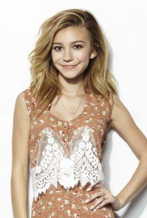 G. Hannelius. Born as Genevieve Knight Hannelius on 22-12-1998 in Boston, Massachusetts.