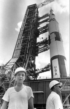 How can you go wrong with Don Knotts in front of a Saturn V, circa Don Knotts, The Andy Griffith Show, Vintage Space, Space Exploration, Astronaut, Fair Grounds, Explore, History, Travel