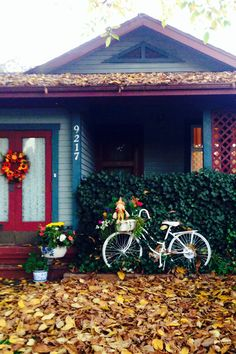 A quaint little house in Fort Langley, BC. A cute bicycle! Photo by Kathleen Intile.