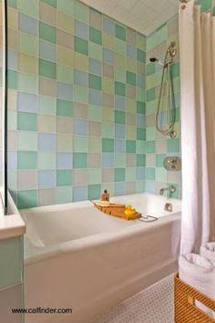 Revestimiento de pared en baño moderno